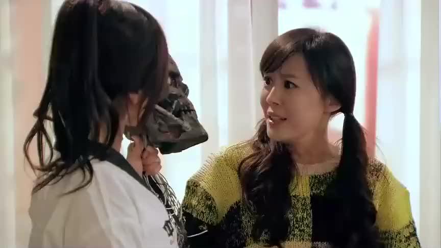 爱情公寓:胡一菲接到支付宝电话,明白真相,领了曾小贤的情