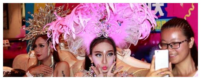 日本人妖排行_日本人妖大揭秘|变性人|酒吧|东京_网易订阅