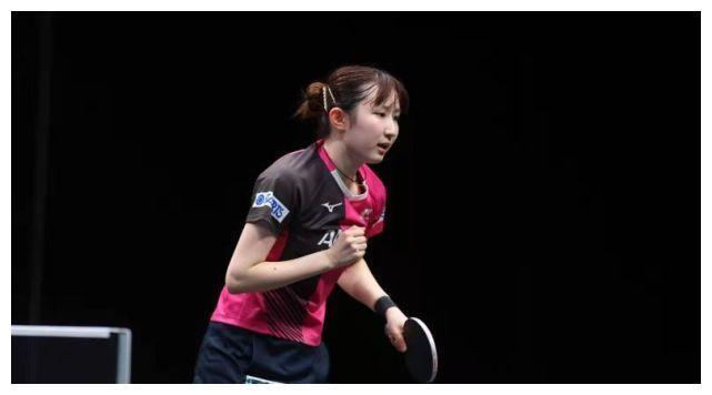 34岁世界冠军爆发,险胜早田希娜晋级四强