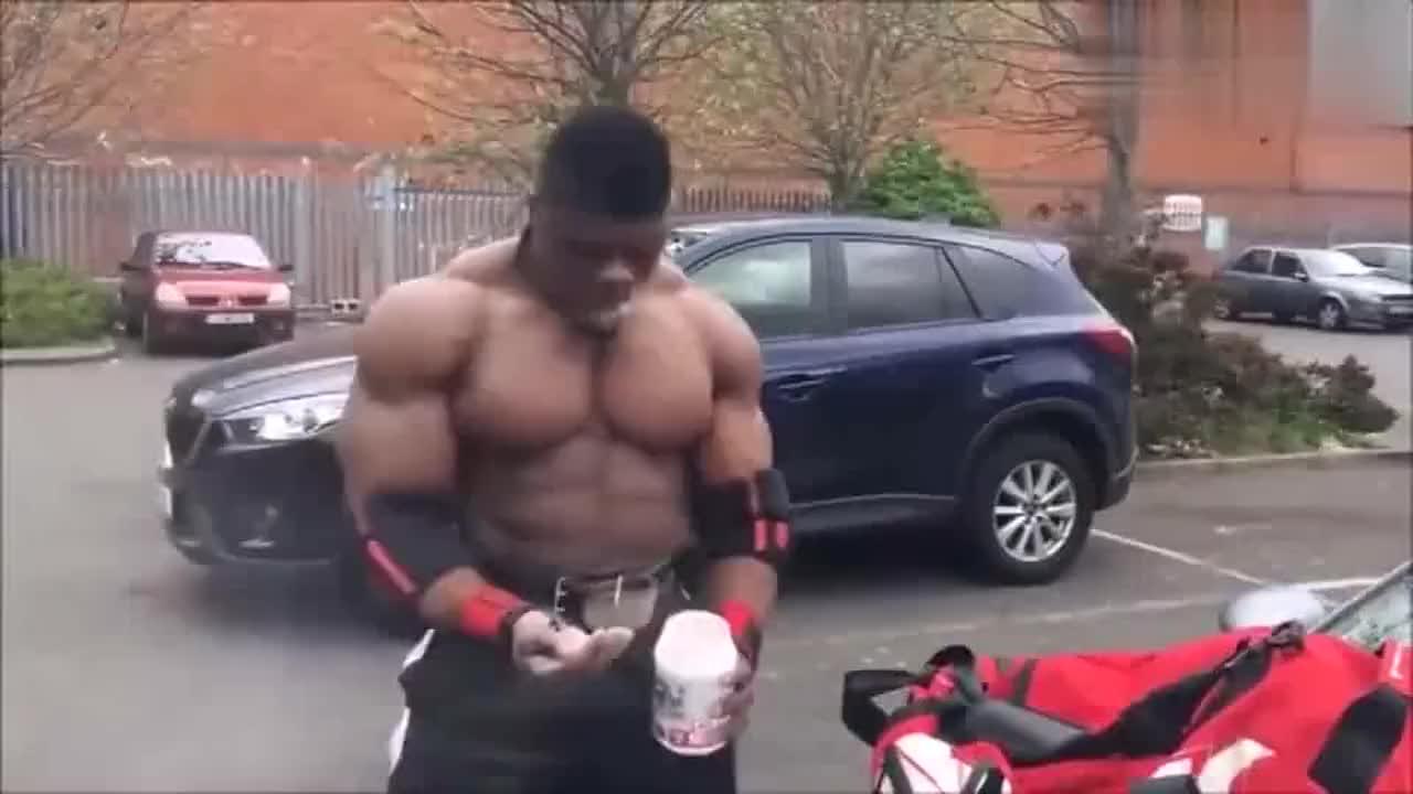 如果健美运动员吃完氮泵后,发现健身房没开门会怎么样?