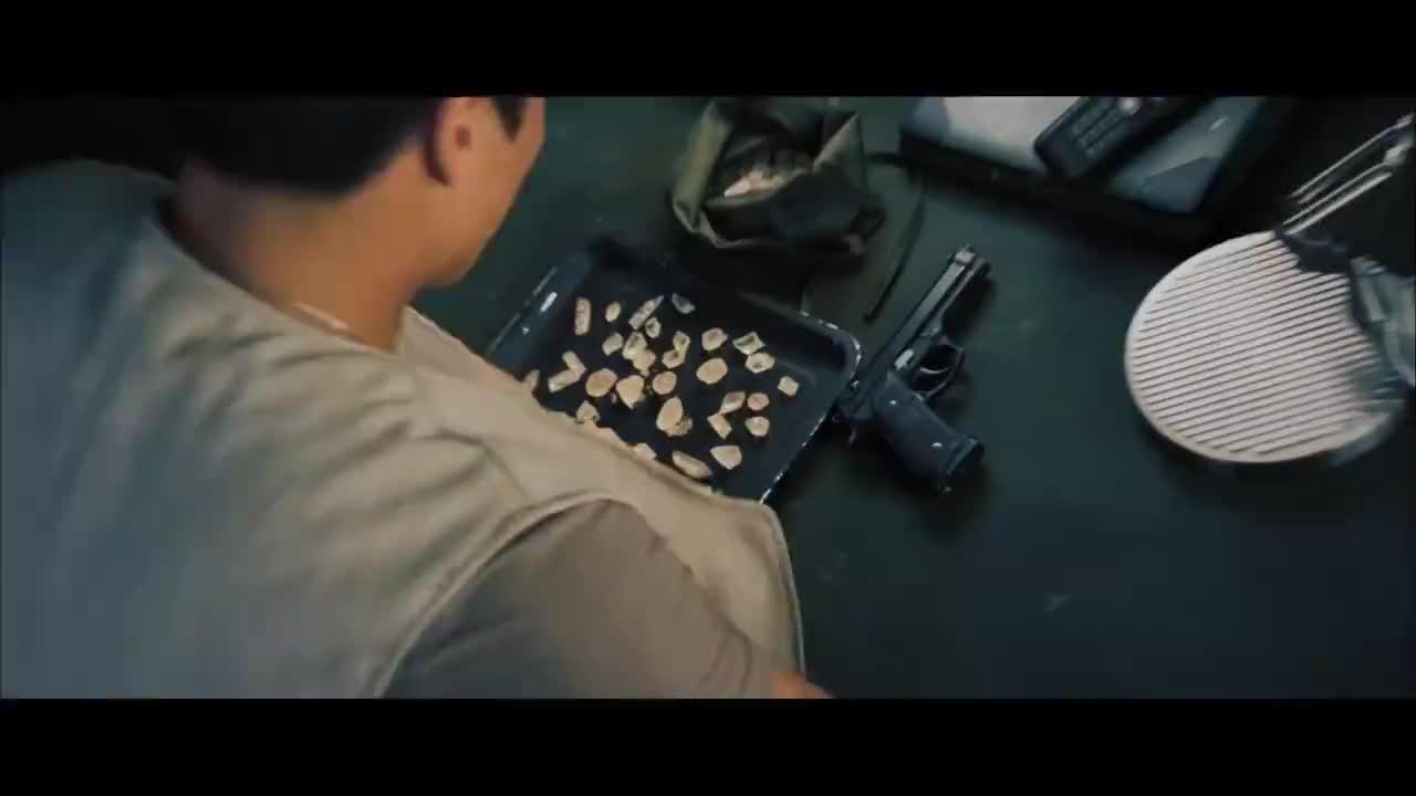 铁血娇娃:安志杰最憋屈的电影,还没出拳,就下去领盒饭了