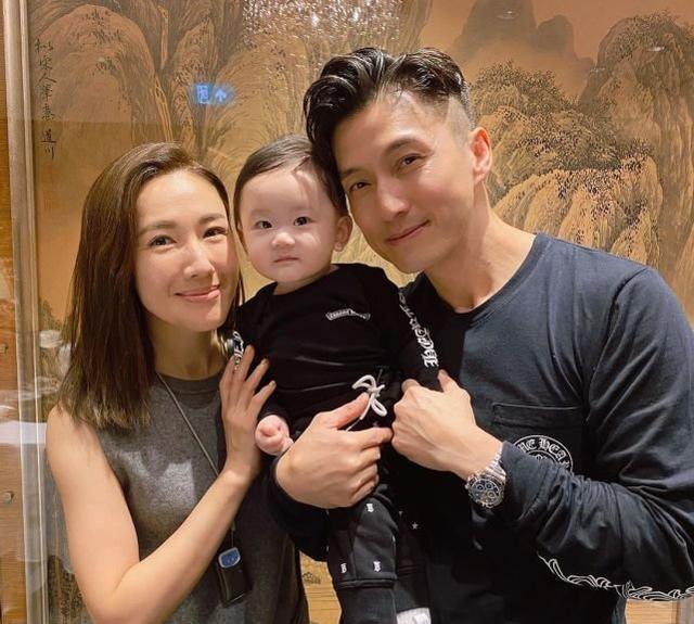 李施嬅开心约见陈山聪的儿子,网友催她快点结婚生一个