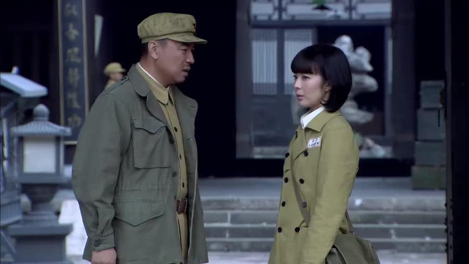绝地刀锋:队伍里出现内奸,团长发现女兵不对劲,好像似曾相识