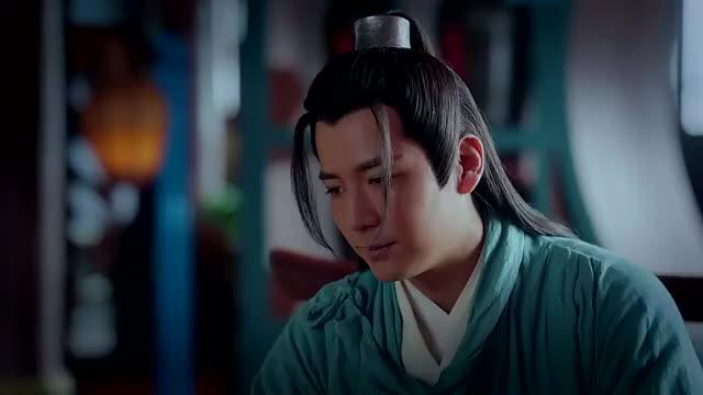 东宫,小枫吐槽李承鄞为赵瑟瑟,总让自己陪逛街,顾剑表情不对劲