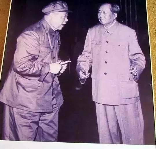 当过副总理兼北京军区司令员的开国上将,他还是首任重庆市委书记