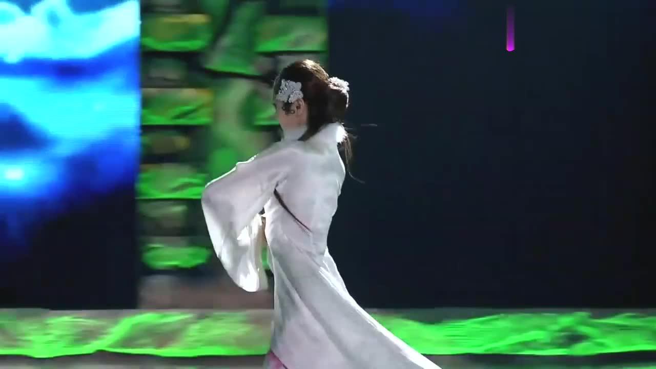 中国好舞蹈:金星团队2女学员,表演优美双人舞,引观众喝彩