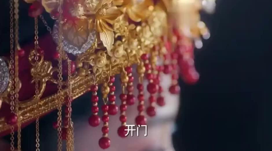 狼殿下:摘星穿上嫁衣,脑海里满满的都是和渤王的回忆