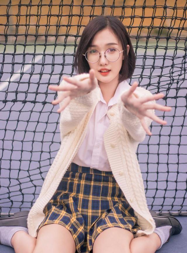 网球美少女,来看看吧