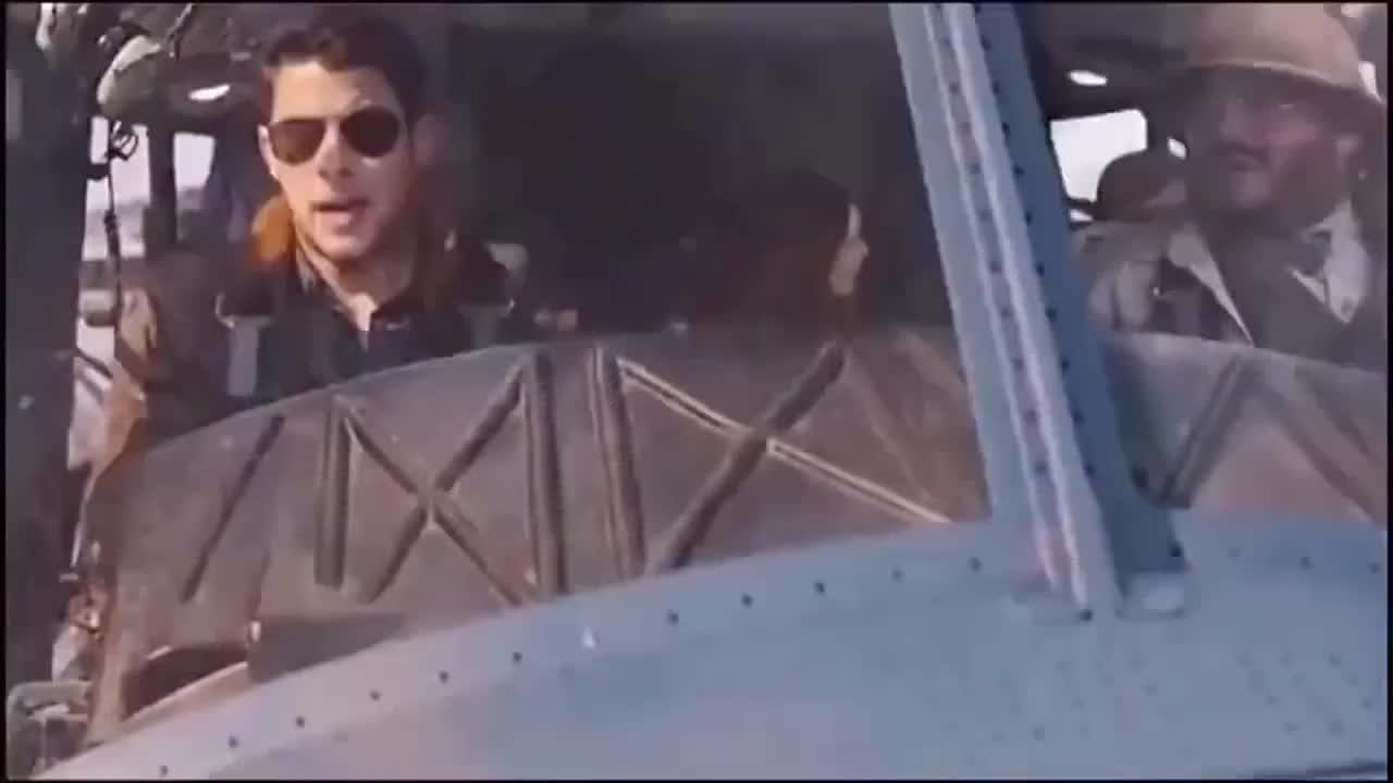 影视:飞机开的比战斗机还惊险,真刺激