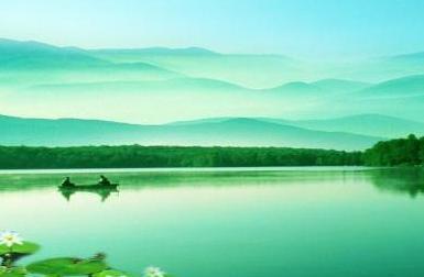 汤显祖夜宿江船,这首诗句句写景,却显得超然世外