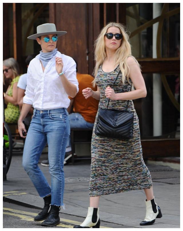 艾梅柏·希尔德(Amber Heard)和她的女朋友在伦敦