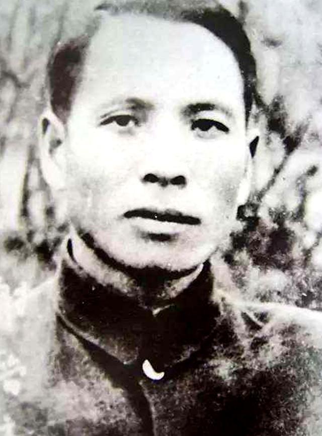 """""""民族英雄""""谢晋元,36岁被叛徒出卖,留下的四个子女结局如何?"""