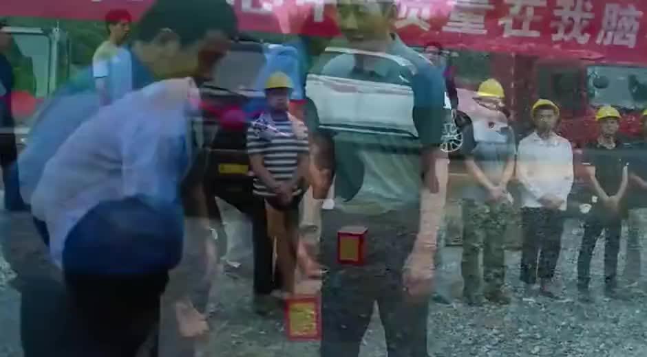 江山如此多娇:濮泉生带领村民愚公移山,自己动手丰衣足食,关键