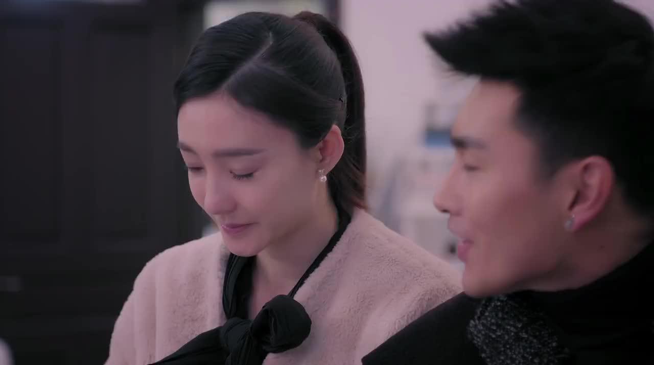 漂洋过海:王丽坤被前夫哥催款,这恶心的嘴脸,真不是个男人