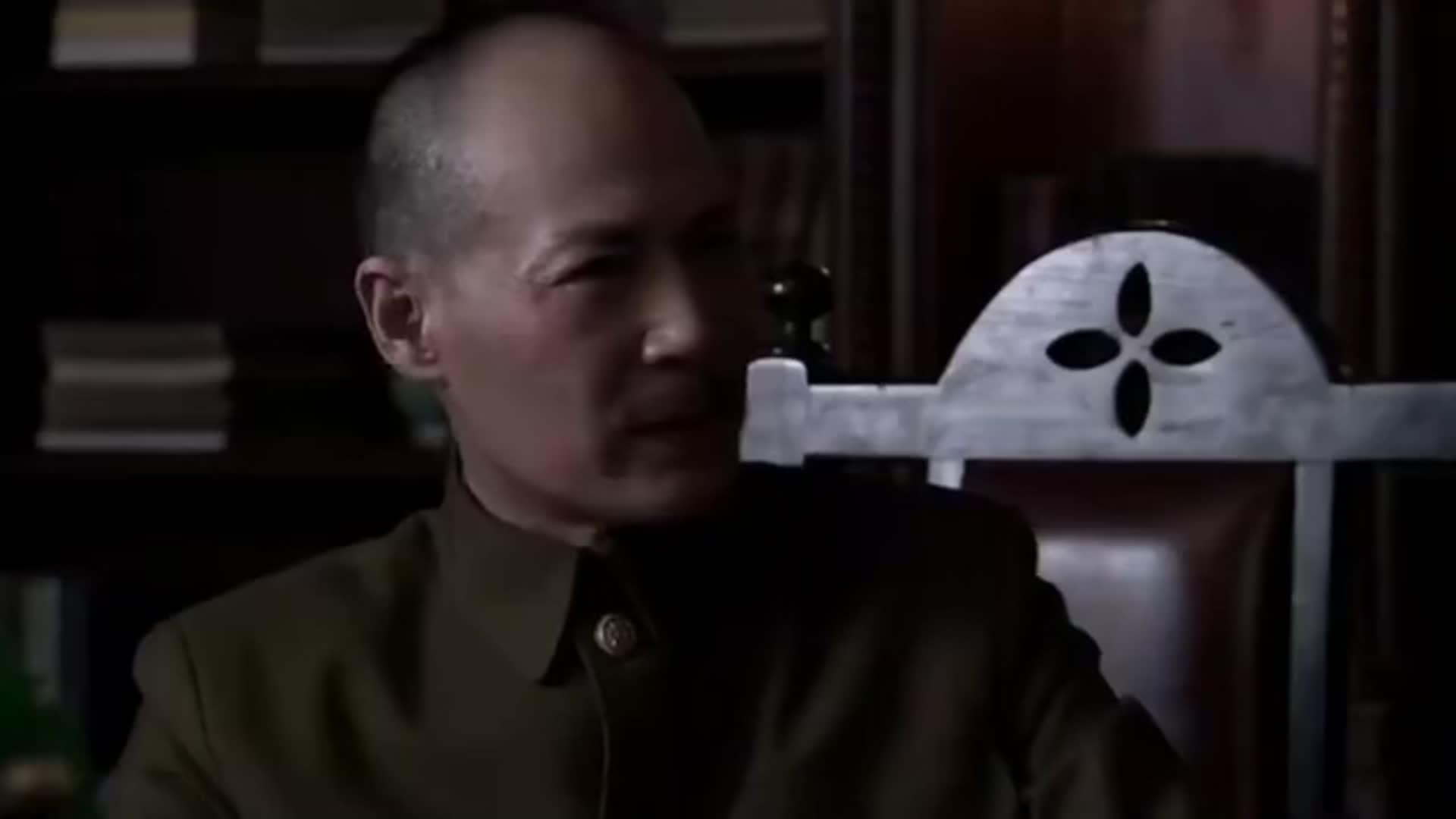 东方战场:战事临近首都,蒋介石却说准备迁都!
