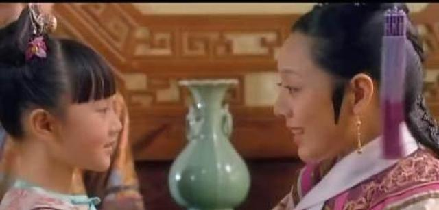 甄嬛传甄嬛陷害皇后的关键一刻胧月的出现帮了甄嬛
