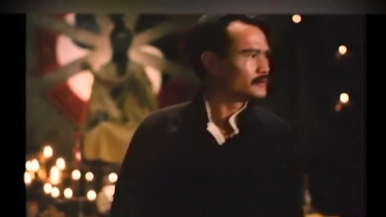 文才看戏给师父占位子,英叔:这戏是唱给鬼听的,要占什么位子?