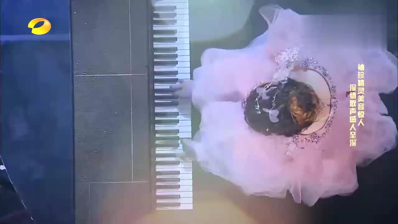 无臂女孩表演钢琴弹唱,前奏一出李玟情绪就不对了,谢娜泪目了!