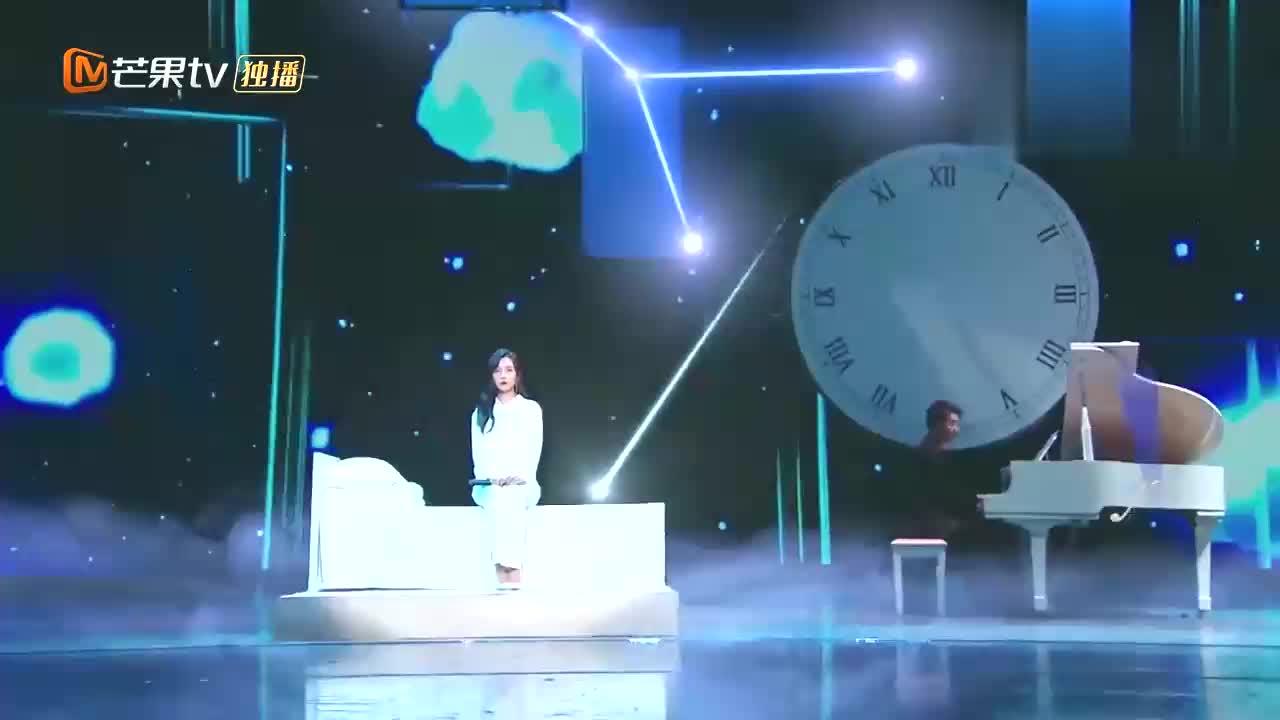 王晓晨跨界献唱《好久不见》,边唱边哭,台下观众哭成一片!