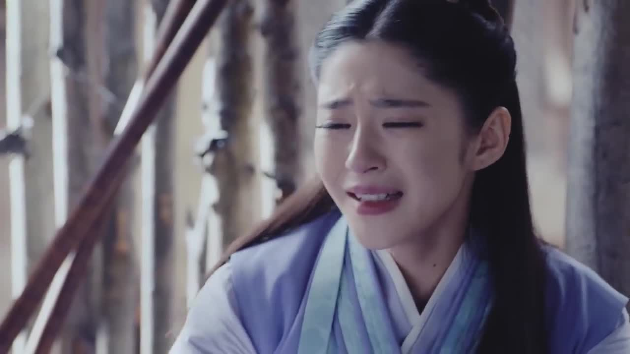 锦绣未央:长乐被逼刷粪桶,崩溃大哭喊母亲,还真是可伶