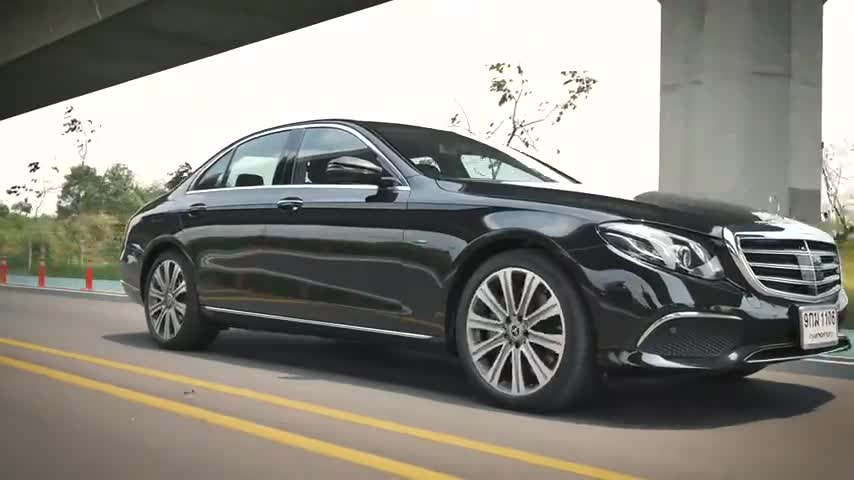视频:什么是奢华?奔驰E300e告诉你!