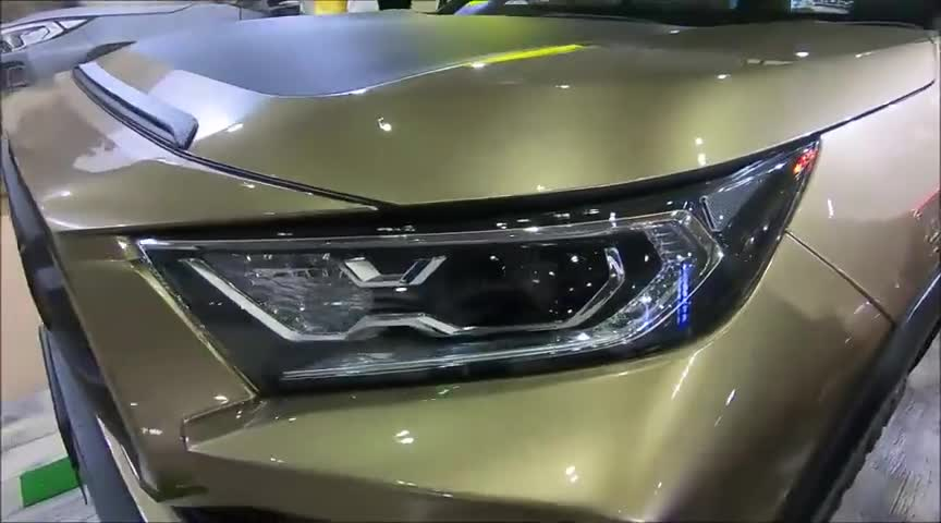 视频:2020款丰田RAV4特别版展示,了解完外观和内饰,我放弃了途观!