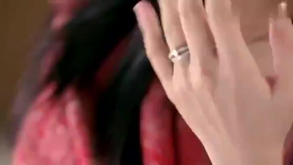 离婚律师:方中信送的戒指很昂贵,但姚晨并不在意,真是任性的很