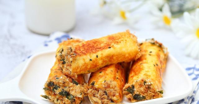 把剩吐司做成营养早餐,一口平底锅就能搞定,细腻美味浓郁拉丝!