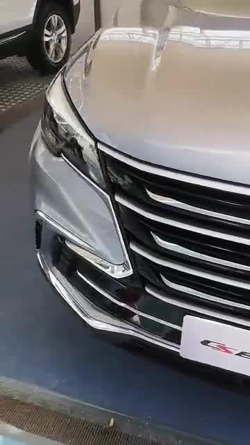 视频:国产SUV轿跑风之长安CS85couple