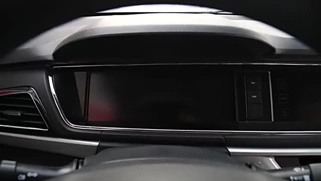 视频:长安欧尚A600车内功能演示,设计高级,用料厚道,能拉又能跑