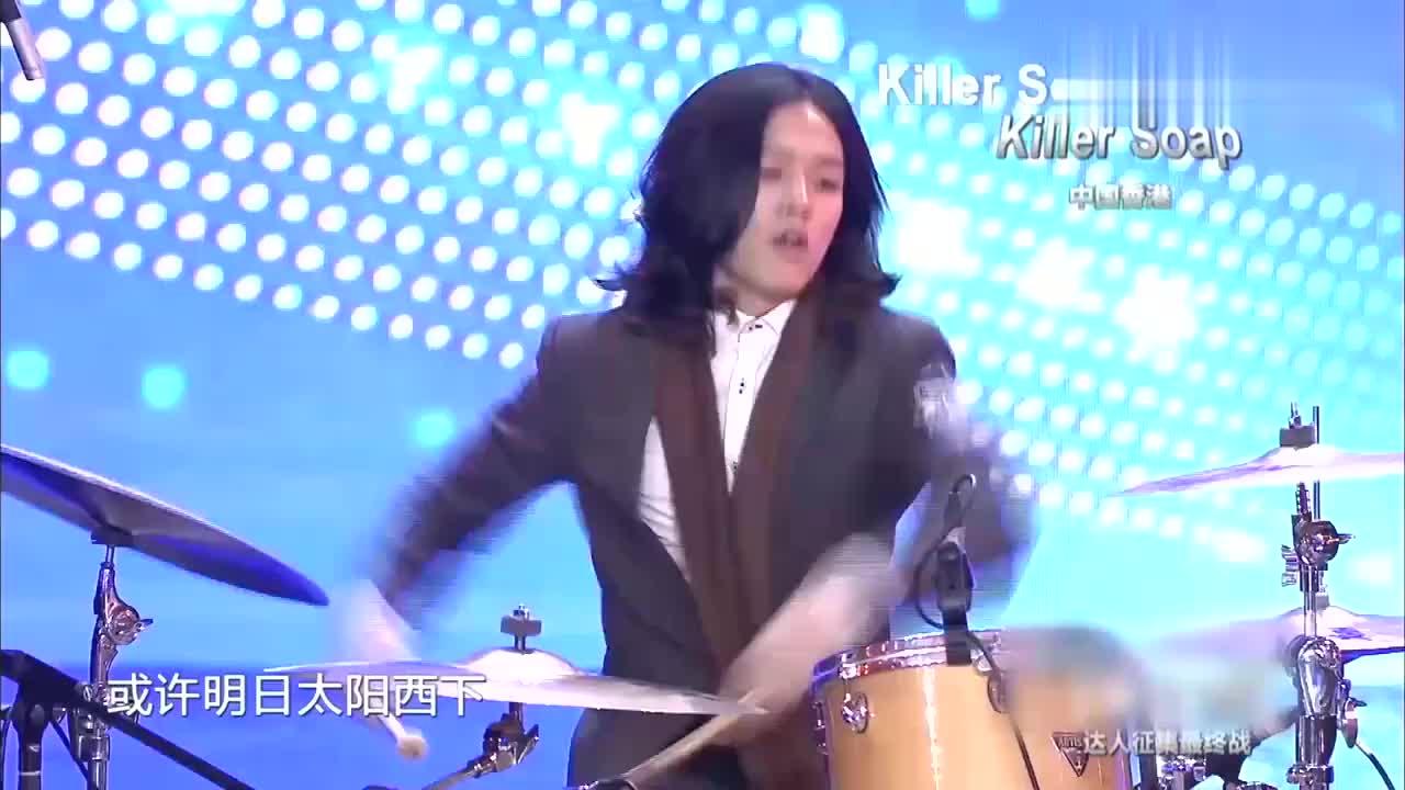 中国达人秀:香港乐队唱《恋曲1990》刘烨很喜欢,赵薇大笑!