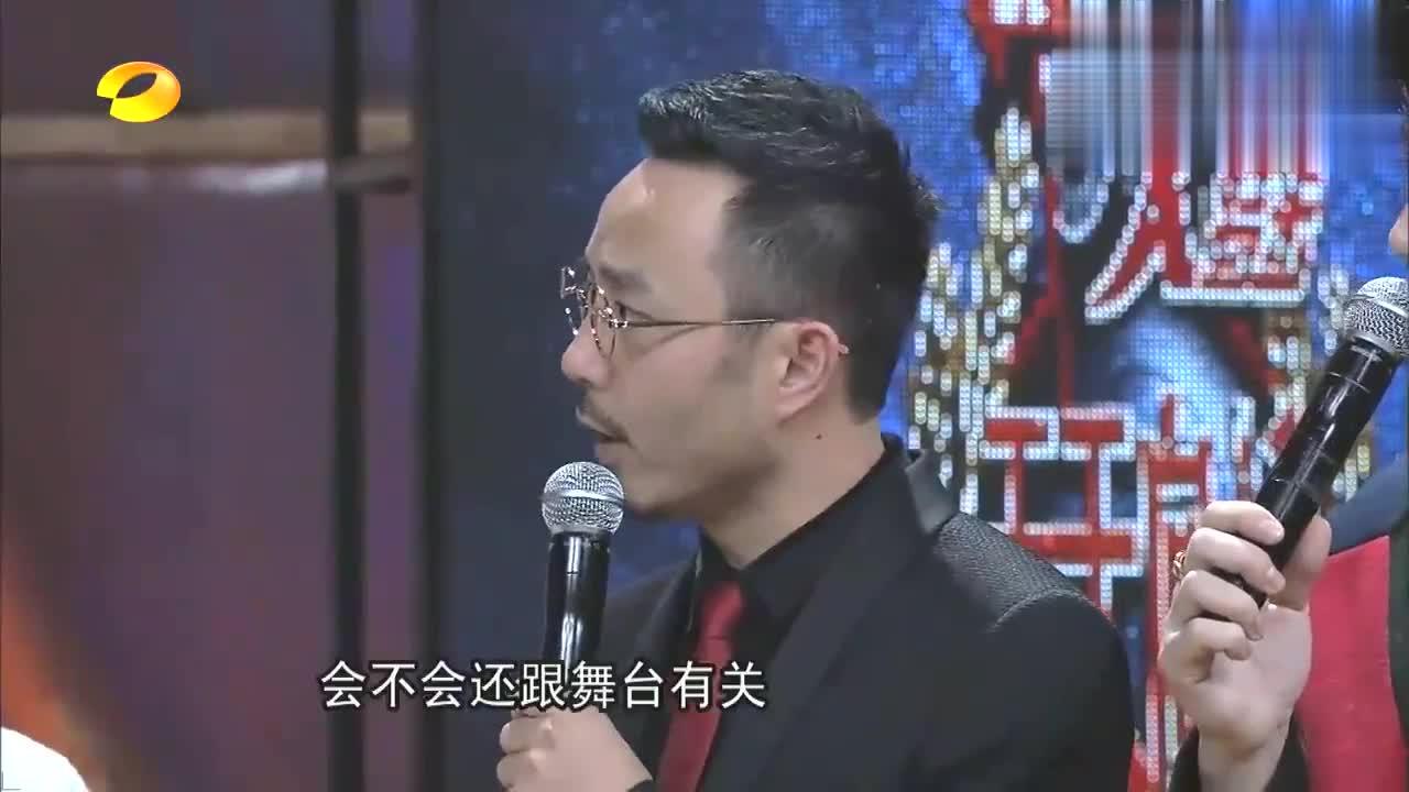 王俊凯从小就是喜剧人,梦想从飞行员变成卖衣服,虎牙笑起来太绝