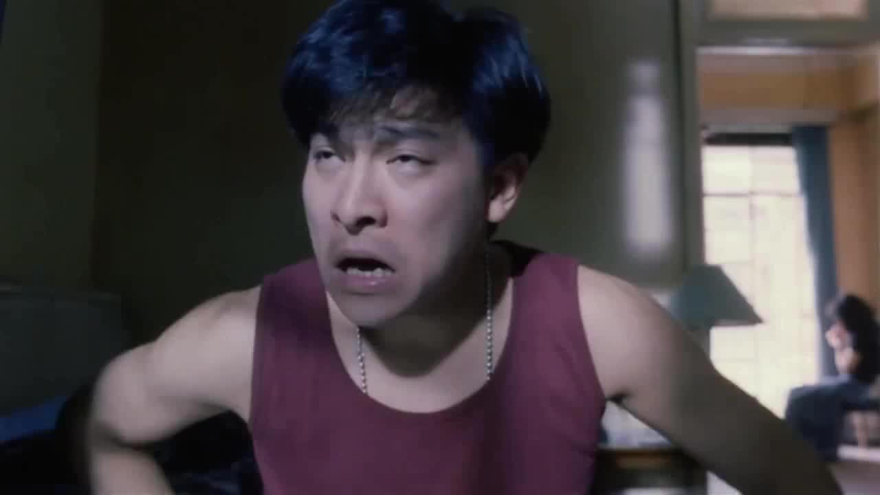这个镜头我终于明白,为什么男人都喜欢旺角卡门里的张曼玉!