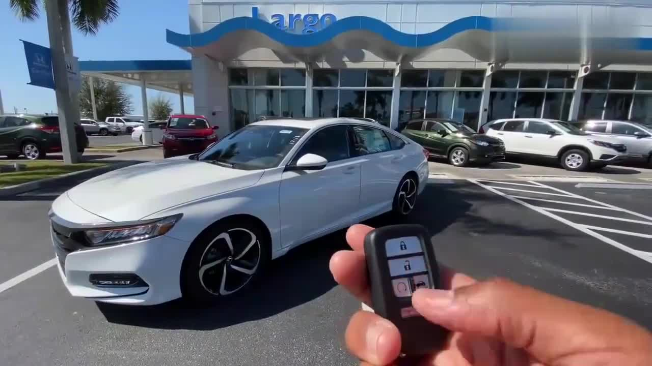 视频:重磅新车,2020款本田雅阁2.0T,全面了解实车,我忘记了迈腾!
