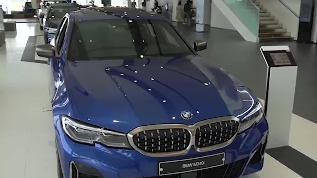 视频:2020款宝马3系M340i到店鉴赏,坐进车内的那刻,我忘记了奥迪A6
