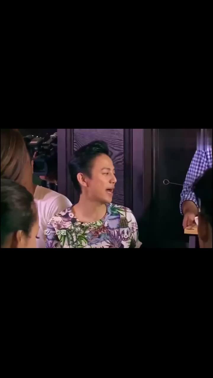 张含韵说自己要减肥,赵丽颖一句话将她打回原形!