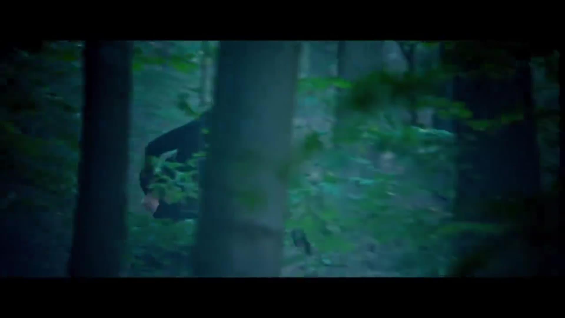杨祐宁冒险解救舒淇,带着她开着帅气的山地车跑路