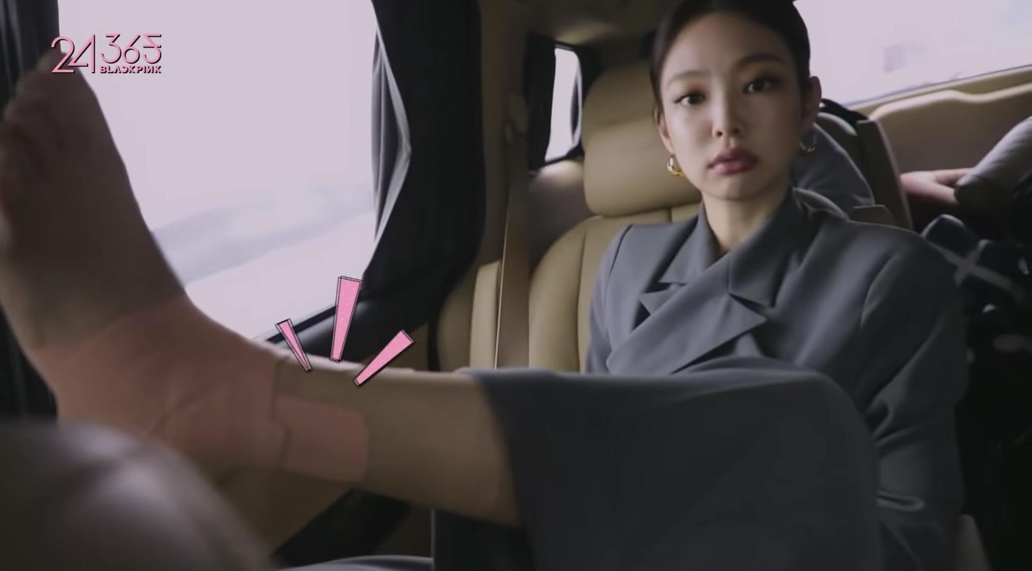BLACKPINK金智妮在新的真人秀节目中担心脚踝伤势和回归发型