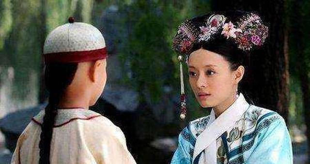 甄嬛传:莫言为什么对甄嬛这么好?她是四阿哥生母?