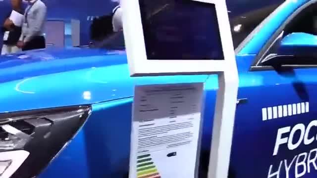 视频:还觉得两厢车不帅吗?2020款福特福克斯两厢版展示