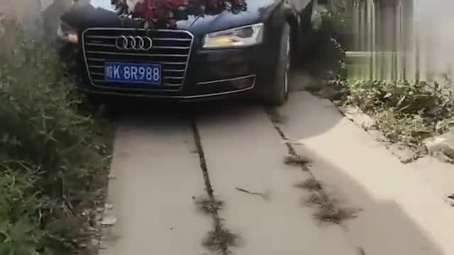 视频:奥迪A6当婚车,司机胆大心细,不是