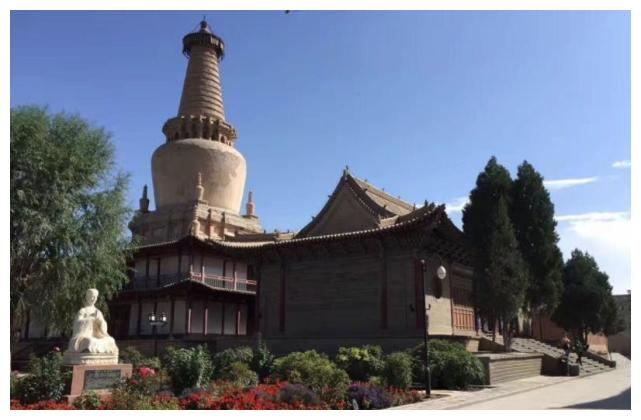 张掖大佛寺,一个综合性的大型艺术博物馆!