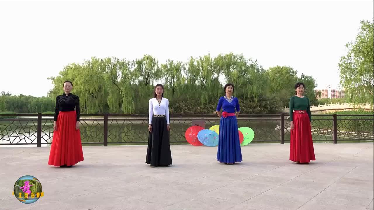 小红等玲珑四大美女深情演绎《翻身农奴把歌唱》,一个字,美!