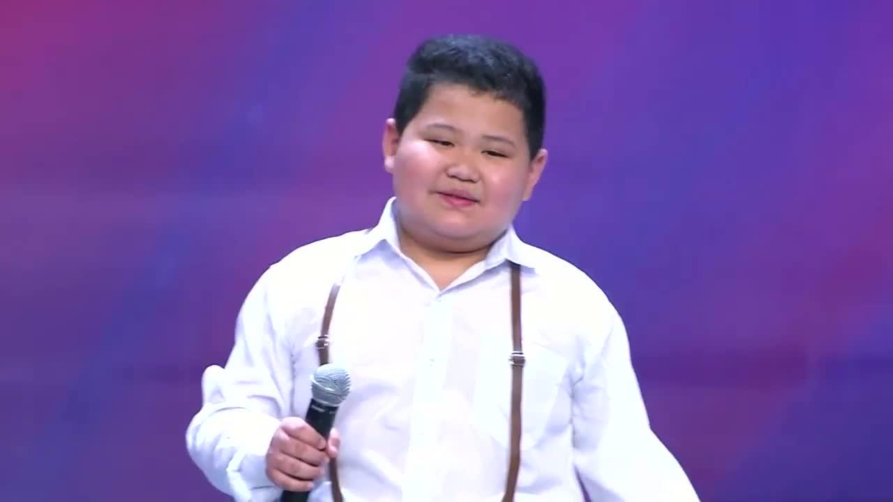 出彩中国人:安徽男孩上出彩,花腔高音演唱经典歌曲,引蔡明拍手