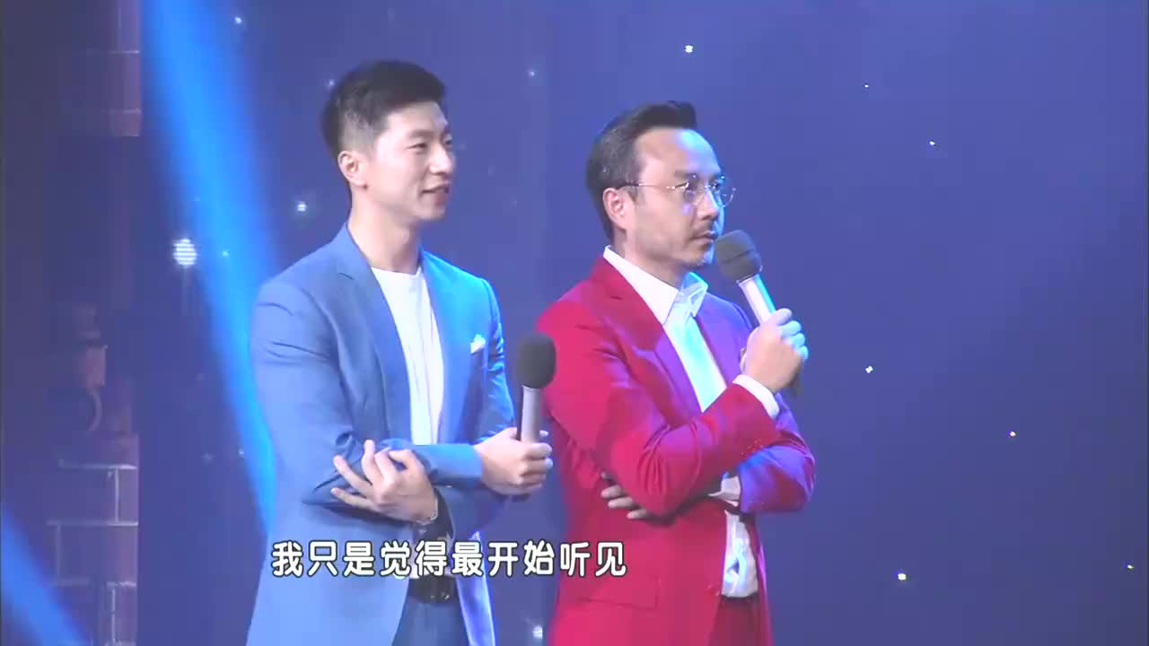 """""""来自歌坛,混了乐坛"""",张国伟竟是国家队唱歌最好的丨天天向上"""