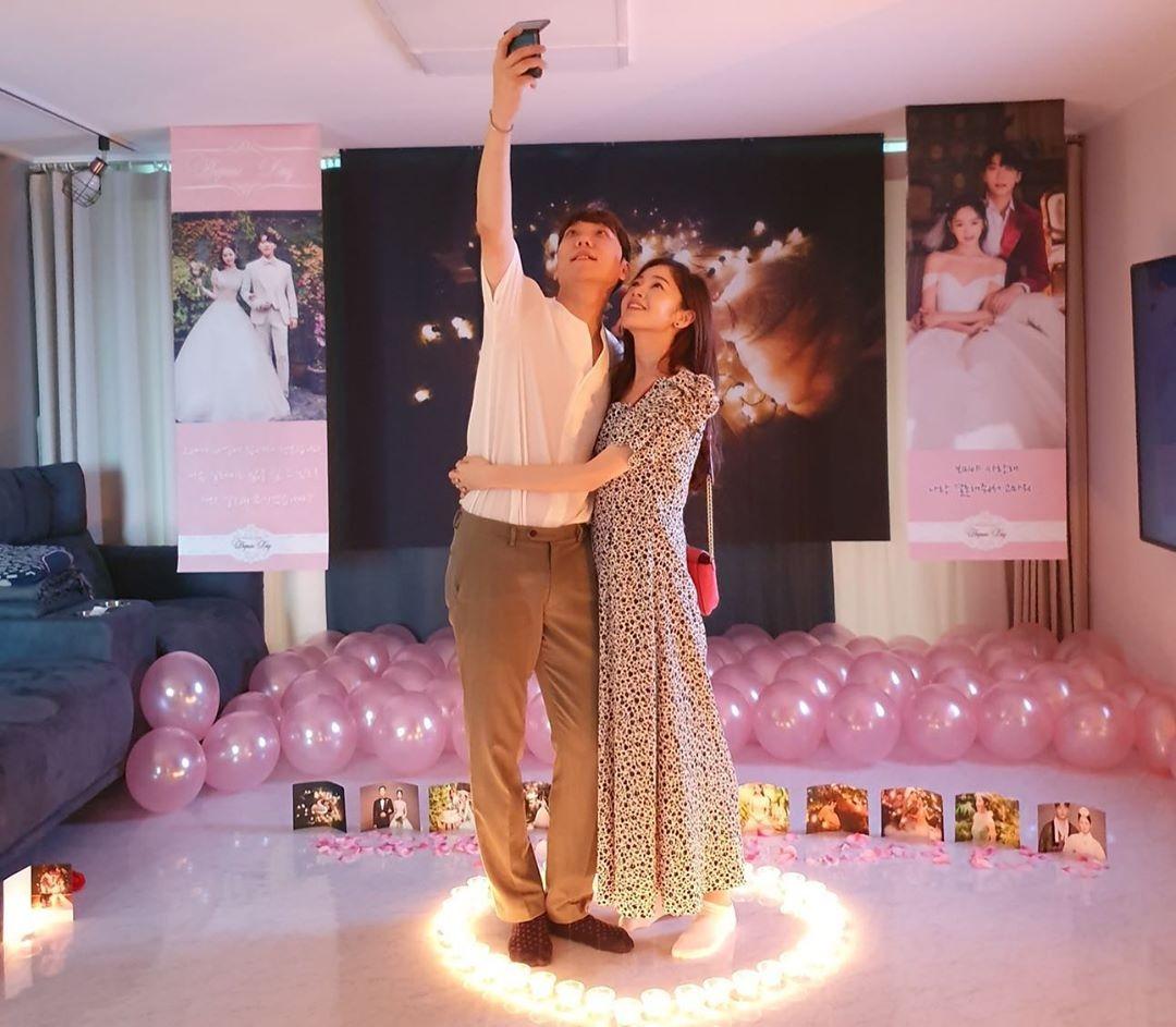 金甫美&尹全日今天(6/7)终于结婚了! 本预定在4月