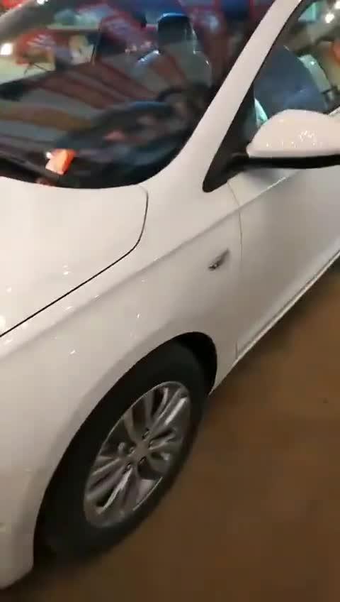 视频:别克英朗我很中意,每日随手拍车
