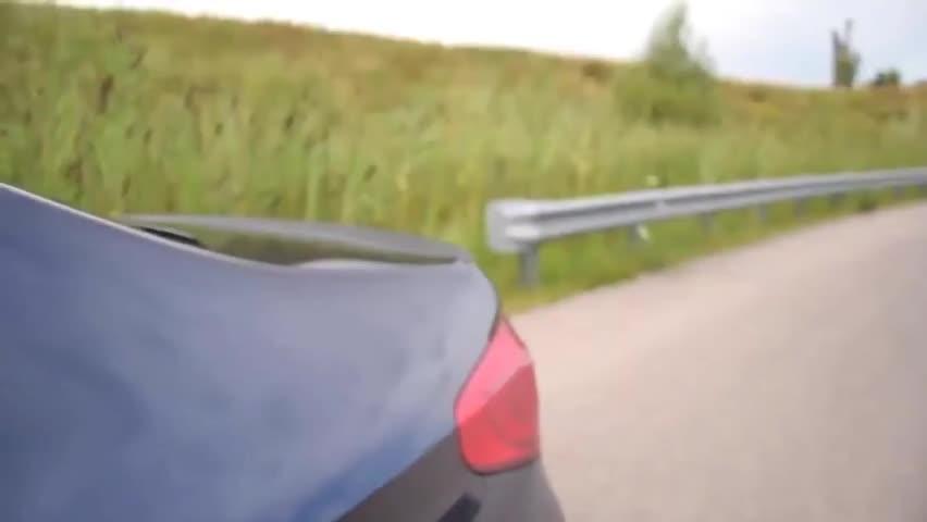 视频:2020款宝马5系530e混动版,来个百公里加速测试,还要啥奔驰E级