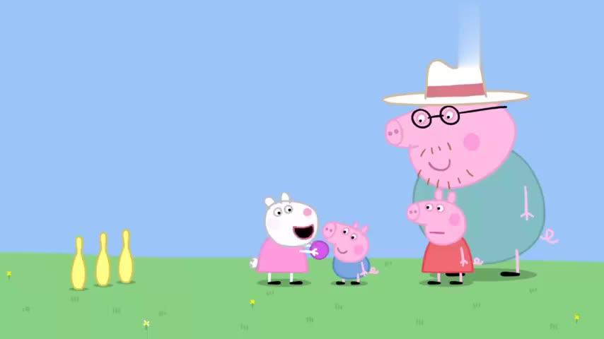 小猪佩奇:花园里的击球游戏,佩奇扔球,而乔治拿木棍把球击飞!