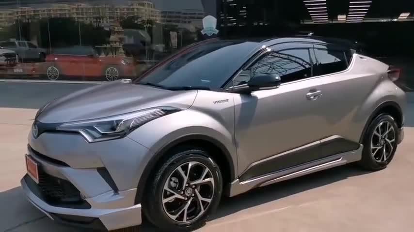 视频:丰田CHR这样拍出来更加运动时尚!